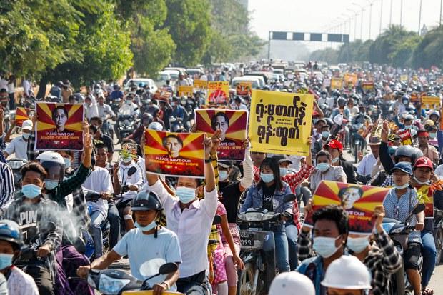 Large '22222' Crowds Fill Myanmar Streets Despite Dire Warning From Junta