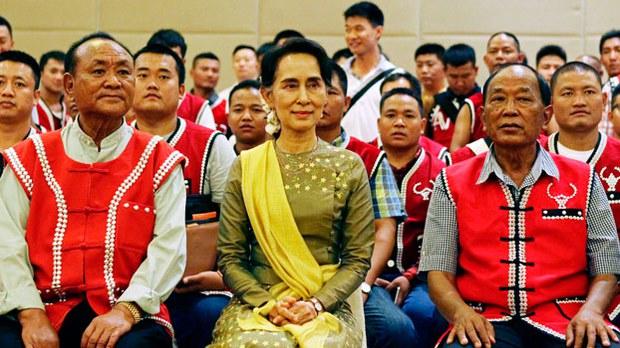 myanmar-assk-uwsa-peace-talks-naypyidaw-jul29-2016.jpg