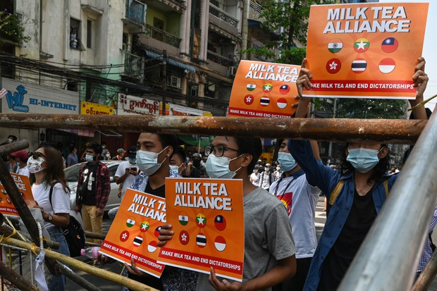 Protesters in Hong Kong, Myanmar, Unite Under Banner of 'Milk Tea Alliance'