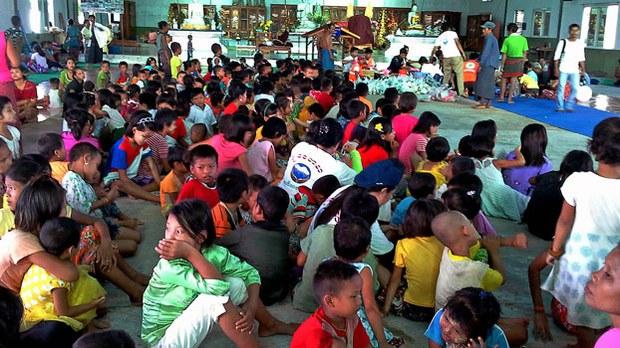 myanmar-karen-refugees-hpa-an-sept16-2016.jpg