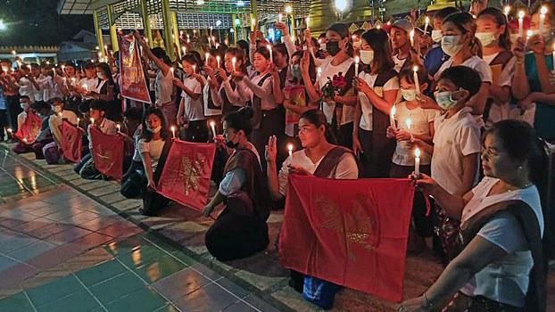 myanmar-vigil-shooting-victims-pagoda-near-mawlamyine-mon-mar15-2021.jpg