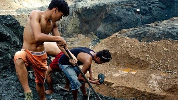 myanmar-jade-scavengers-hpakant-twp-kachin-jul9-2020.jpg