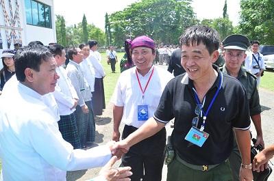 The KIA's General Gwan Maw (R) arrives in Myitkyina on May 27, 2013. Photo credit: RFA.