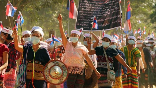 Government Troops in KNU Zones of Myanmar's Kayin And Mon States Spark Protests