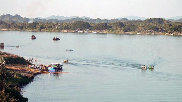 Woman Severely Injured in Landmine Explosion in Myanmar's Rakhine State