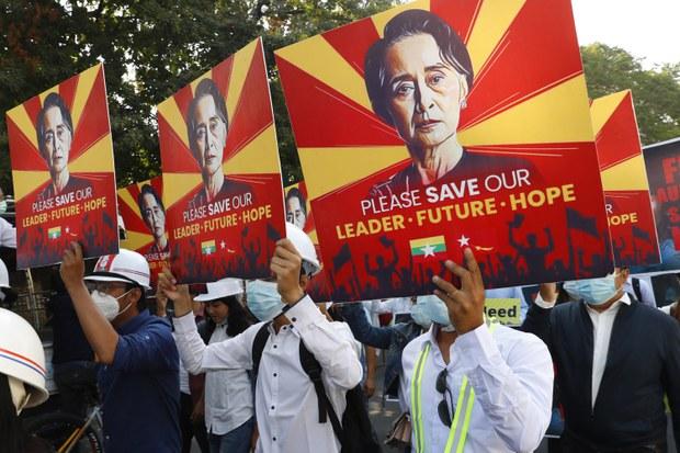 Myanmar's Junta Broke Law in Arresting Ousted Leaders, Must be Tried: Veteran Lawyer