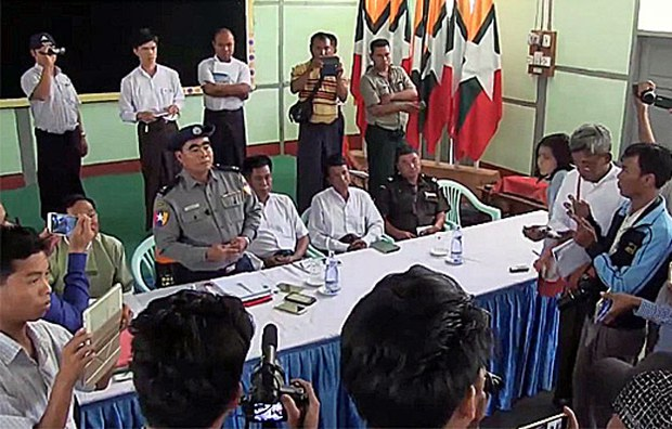 myanmar-salingy-township-polic-confernce-lepadaung-protest-mar27-2017.jpg