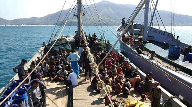 myanmar-rohingya-refugees-boat-tanintharyi-region-nov25-2018.jpg