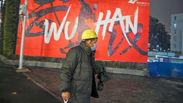 china-wuhan-man-coronavirus-jan26-2020.jpg