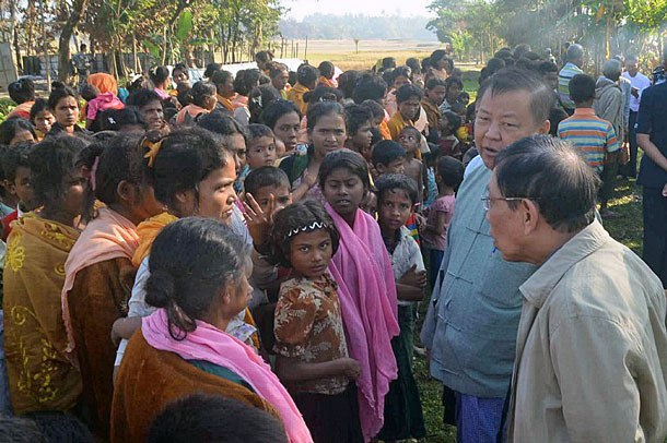 myanmar-rakhine-investigation-commission-gwazon-maungdaw-dec12-2016.jpg