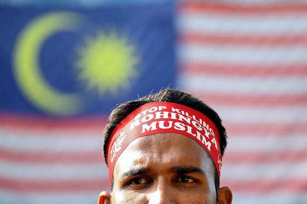 myanmar-rohingya-muslim-protest-malaysia-dec4-2016.jpg
