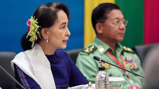 myanmar-assk-min-aung-hlaing-ethnic-armies-naypyidaw-oct15-2018.jpg