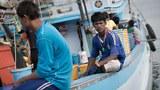 myanmar-migrant-workers-thailand-boat-dec3-2014.jpg