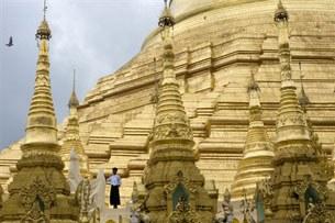 Shwedagon-305.jpg