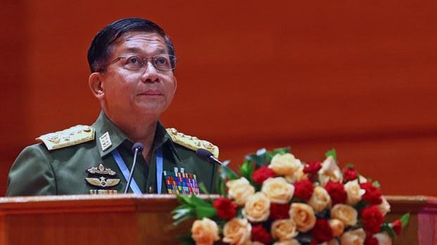 myanmar-min-aung-hlaing-peace-talks-naypyidaw-jul11-2018.jpg