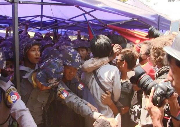 myanmar-letpadan-crackdown-march-2015-crop.jpg