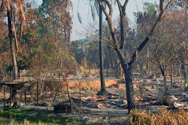 myanmar-gwazon-village-maungdaw-destroyed-dec12-2016.jpg