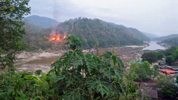 myanmar-military-base-burns-kayin-apr27-2021.jpg