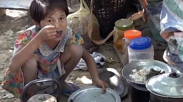 myanmar-idp-rice-buithdaung-rakhine-february-2020.jpg
