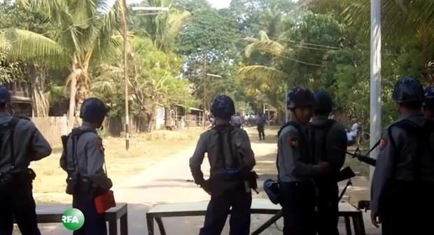 burmese-padigon-march-2013.PNG