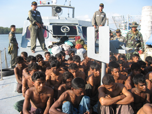 Rohingya asylum-seekers aboard a Thai Navy vessel, December 2008. Photo courtesy of Thai Navy.
