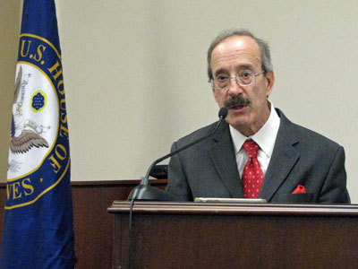 US Congressmen Eliot Engel (D-NY), ranking member of the House Committee on Foreign Affairs, says he will introduce legislation to reimpose sanctions on the Myanmar military in response to violence against Rohingya Muslims, in Washington, Nov. 1, 2017.