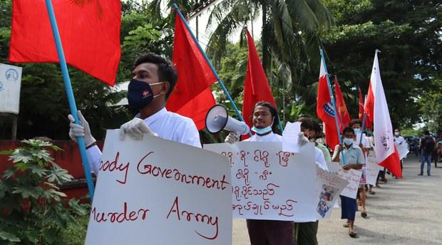 myanmar-protest2-111920.jpg