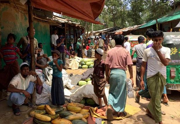 myanmar-refugeecamp-042820.jpg