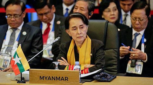 myanmar-assk-asean-summit-philippines-nov13-2017.jpg