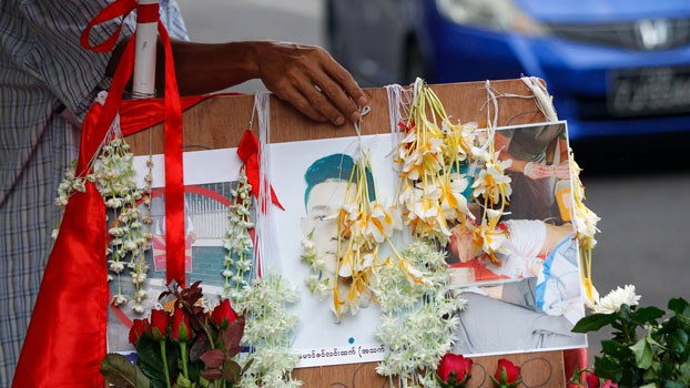 myanmar-prayer-almsgiving-shooting-victims-hledan-yangon-mar2-2021.jpg