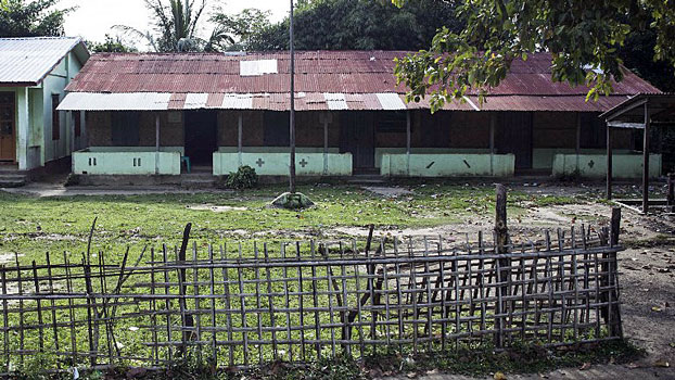 An abandoned school stands in in Kyee Kan Pyin village in Maungdaw township, western Myanmar's Rakhine state, Oct. 14, 2016.