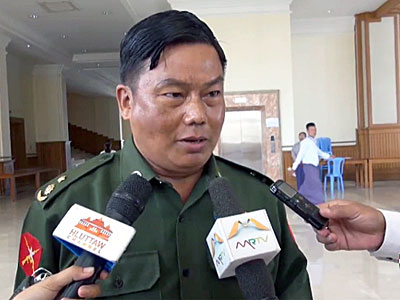 Myanmar's military parliamentarian Lieutenant Colonel Zaw Moe speaks to reporters in Naypyidaw, Sept. 14, 2016.