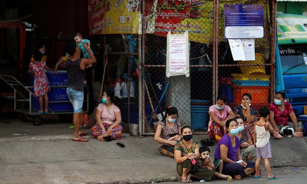 UN: Asia-Pacific Nations Must Vaccinate Migrants Against COVID-19