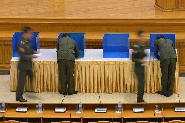 myanmar-amendment-vote-june-2015.jpg