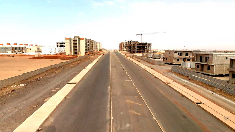 A new 115 kilometer highway connecting the capital city Dakar with Touba is funded and built by China. Photo: RFA