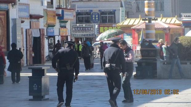 tibet-lhasa-police-barkhor-dec-2013.jpg