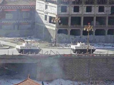 Armored cars patrol the streets of Draggo, Jan. 27, 2014. Photo courtesy of Free Tibet.
