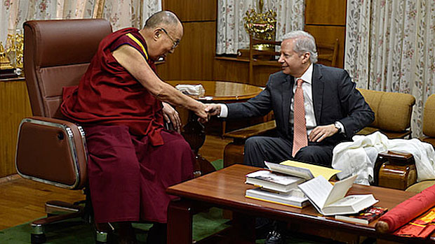 Dalai Lama Meets With US Ambassador to India