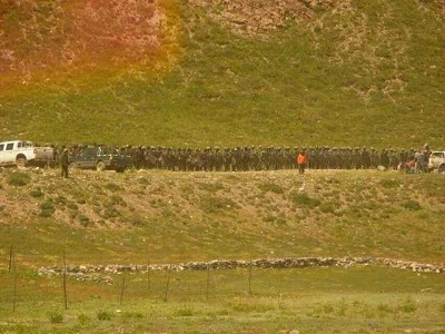 tibet-mine-protest-soldiers-aug-2013-400.jpg