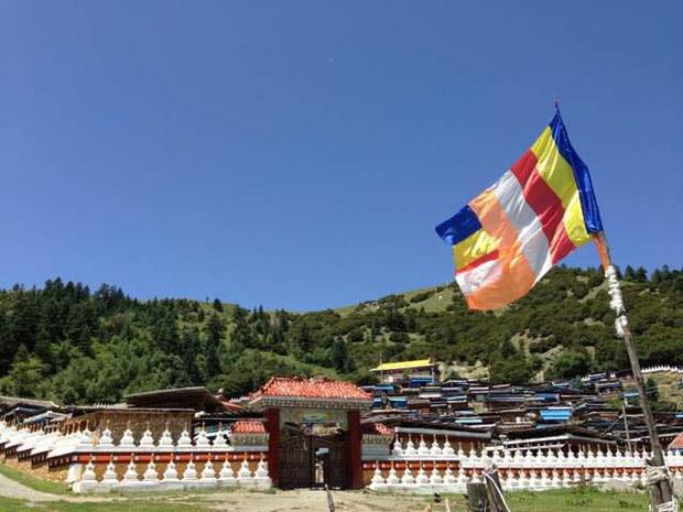 tibet-drakkar-nuns-march2015.jpg