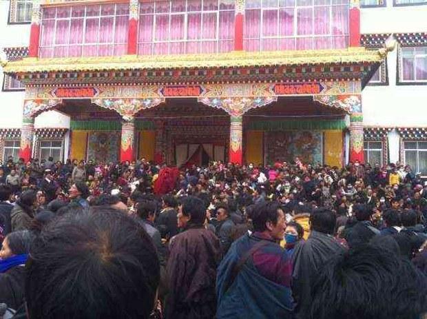 tibet-prayer-gathering-feb-2013.jpg