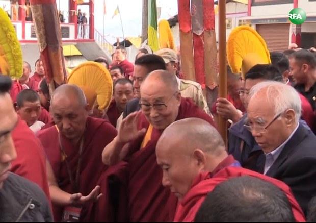 tibet-dalai-lama-tawang-monastery-april-2017.JPG