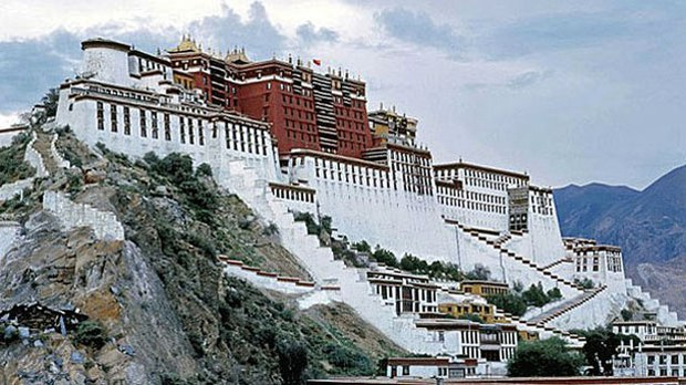 china-potala-palace-lhasa-tibet-file-photo.jpg