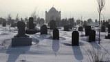 uyghur-cemetery-urumqi-2009.jpg