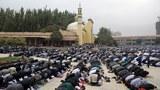 uyghur-ramadan-prayer-aug-2011-1000.jpg