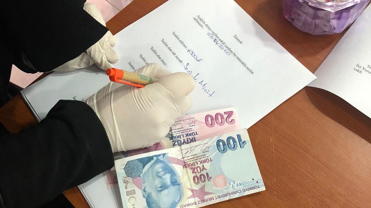 Exile Groups Form Coronavirus Aid Center to Meet Needs of Uyghur Diaspora