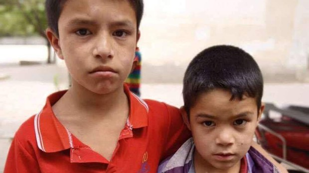 uyghur-jesur-brothers-crop.jpg