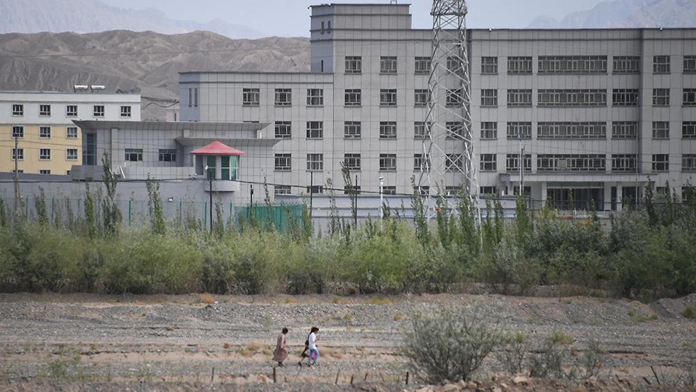 2019年6月2日、新疆ウイグル自治区のカシュガル北部にある強制収容所と思われる施設。