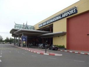Phnom-penh-airport-305.jpg