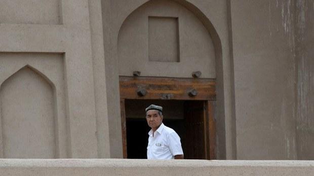uyghur-mosque-june-2013-crop.jpg